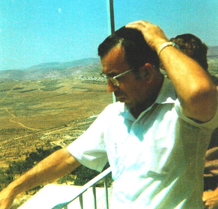 """Rabino Zvi Aryeh Rosenfeld z """"l durante uno de sus viajes a Eretz Israel"""